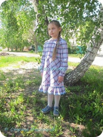 """Не могу удержаться, чтоб не сшить доче новый наряд в стиле бохо. Мне кажется, что она создана именно для этого стиля. Никакие джинсы, шорты и проч. нам не подходят так, как эти удлиненные платья, сарафаны и """"странные"""" жакетики. Комплект из платья с длинным рукавом и жакета. фото 7"""