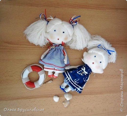Привет всем в СМ! Наступило лето и морской стиль, конечно, в тему... Вот они мои морячки. Куколки-малышки, 20см, такие же, как здесь  http://stranamasterov.ru/node/1026803 и здесь http://stranamasterov.ru/node/1020272 фото 1