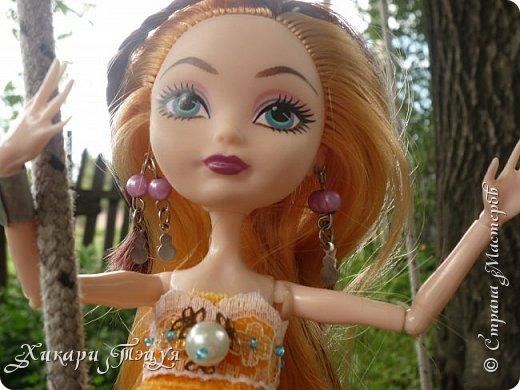 Здравствуйте, я - Алекса. Полностью мое имя звучит - Александра. Расскажу вам немного о себе: - мне 16 лет; - мои хобби - рисование и музыка, а еще я очень люблю читать; - музыкой я занимаюсь давно, учусь играть на разных инструментах и петь; - еще мне нравиться делать что-то своими руками; - немного знаю балет; - мои любимые цвета - все оттенки голубого и синего, а также светлые пастельные тона; - мои любимые цветы - это цветки вишни, особенно сакуры; - люблю все миленькое и маленькое; Не знаю, может я что и упустила, но ведь не это важно, правда?  Это мое новое платье, а то платье, что было на мне раньше, мягко говоря, не очень))) фото 2