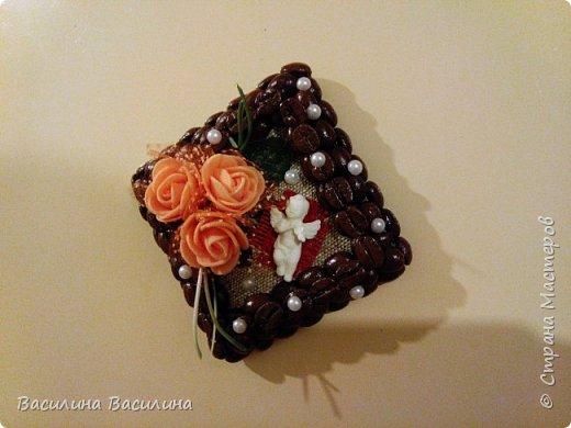 Магниты на холодильник из кофейных зерен фото 10