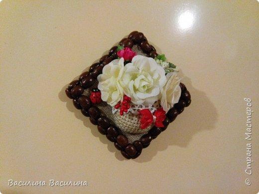 Магниты на холодильник из кофейных зерен фото 9