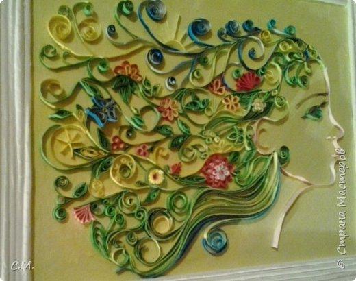 Цветы являются украшением нашей жизни, вызывают чувства -нежности ,восхищения, радости  в наших душах. Эти цветочные композиции (картины) -это маленький оазис весны и лета в каждом доме, и частичка тепла и позитива в наших сердцах.  Все работы выполнены в технике квиллинг.  фото 5