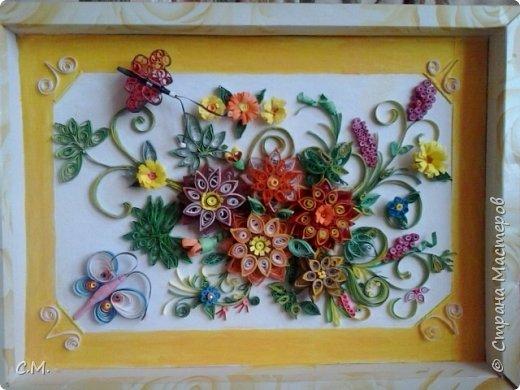 Цветы являются украшением нашей жизни, вызывают чувства -нежности ,восхищения, радости  в наших душах. Эти цветочные композиции (картины) -это маленький оазис весны и лета в каждом доме, и частичка тепла и позитива в наших сердцах.  Все работы выполнены в технике квиллинг.  фото 6