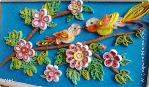 Цветы являются украшением нашей жизни, вызывают чувства -нежности ,восхищения, радости  в наших душах. Эти цветочные композиции (картины) -это маленький оазис весны и лета в каждом доме, и частичка тепла и позитива в наших сердцах.  Все работы выполнены в технике квиллинг.  фото 3