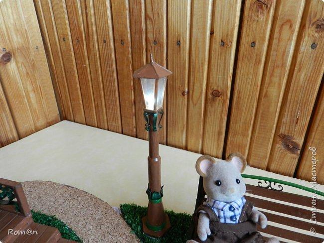 Добрый день жители Страны Мастеров.Представляю вам часть работы дома-тыквы,уличный фонарь и дерево,скамейку вы уже видели.Это небольшой скверик перед домом-тыквой. фото 43