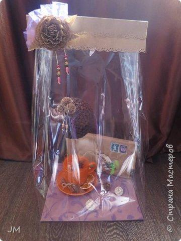 Здравствуйте! Опять меня попросили придумать подарок на юбилей для учителя английского языка и по-совместительству любительницы кофе. У меня сразу возникла идея с кофейным деревом. Это мое первое творение в этой технике. фото 6