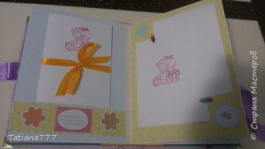Добрый день! Сегодня хочу показать вам детские наборчики! Писать не буду, просто посмотрите)  Папочка для первых документов, альбомчик и сокровищница)   фото 7