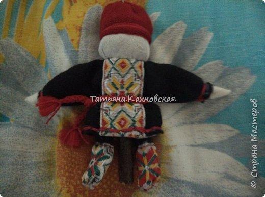 За основу взяла куклу (скрутку):  Летопроводец и  куколку НА СЧАСТЬЕ.Получилась вот такая куколка в подарок мужу на день рождения. фото 6