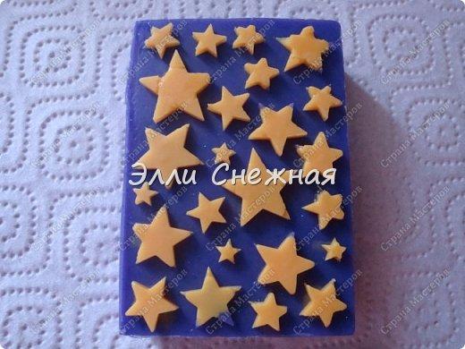 Очень нравится делать мыло с текстурными листами - получается невероятно красиво, хоть в цвете, хоть однотонное. фото 3