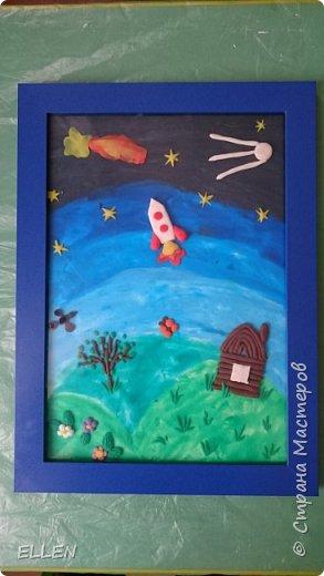 """Добрый день!  Хочу показать вам работы дошкольников на тему """"Космос"""". Работы были сделаны к конкурсу, посвященному Дню космонавтики! фото 11"""