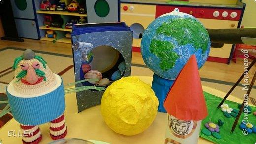 """Добрый день!  Хочу показать вам работы дошкольников на тему """"Космос"""". Работы были сделаны к конкурсу, посвященному Дню космонавтики! фото 1"""