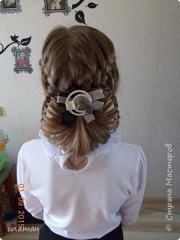 """Предлагаю сегодня сделать причёску """"бантик""""без помощи начёса и лака для волос . Для такой причёски нужно будет изготовить приспособление,в нём то собственно и заключается мой мастер класс.  Поэтому строго не судите за ре ровный пробор и др. огрехи в причёске .Я не парикмахер,я мама которая хочет ,что бы у её ребёнка были красивые причёски без помощи парикмахера фото 19"""