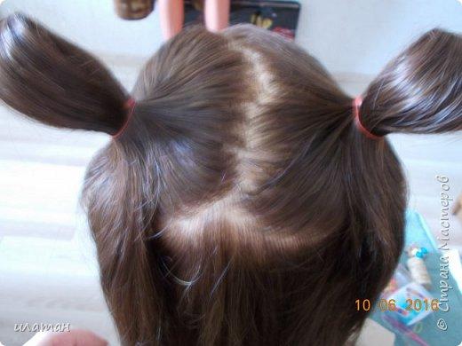 """Предлагаю сегодня сделать причёску """"бантик""""без помощи начёса и лака для волос . Для такой причёски нужно будет изготовить приспособление,в нём то собственно и заключается мой мастер класс.  Поэтому строго не судите за ре ровный пробор и др. огрехи в причёске .Я не парикмахер,я мама которая хочет ,что бы у её ребёнка были красивые причёски без помощи парикмахера фото 7"""