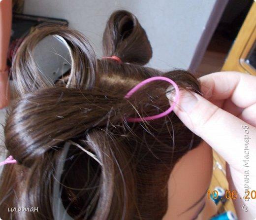 """Предлагаю сегодня сделать причёску """"бантик""""без помощи начёса и лака для волос . Для такой причёски нужно будет изготовить приспособление,в нём то собственно и заключается мой мастер класс.  Поэтому строго не судите за ре ровный пробор и др. огрехи в причёске .Я не парикмахер,я мама которая хочет ,что бы у её ребёнка были красивые причёски без помощи парикмахера фото 14"""