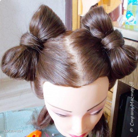 """Предлагаю сегодня сделать причёску """"бантик""""без помощи начёса и лака для волос . Для такой причёски нужно будет изготовить приспособление,в нём то собственно и заключается мой мастер класс.  Поэтому строго не судите за ре ровный пробор и др. огрехи в причёске .Я не парикмахер,я мама которая хочет ,что бы у её ребёнка были красивые причёски без помощи парикмахера фото 18"""