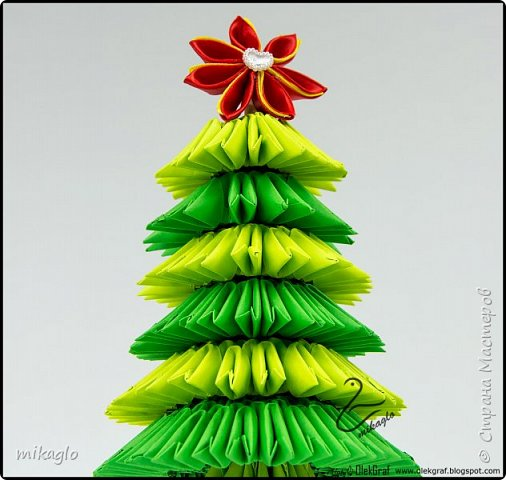 3d origami christmas tree фото 3