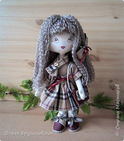 """Привет всем в СМ!!!  Знакомьтесь, моя новая куклешка с шикарной шевелюрой. Смотрю на нее и хочется сказать: """"Распустила ... косы.."""" Нет, нет, имя Дуня ей совсем не подходит, хоть и косы она распустила...  фото 1"""