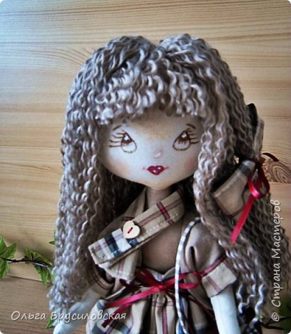 """Привет всем в СМ!!!  Знакомьтесь, моя новая куклешка с шикарной шевелюрой. Смотрю на нее и хочется сказать: """"Распустила ... косы.."""" Нет, нет, имя Дуня ей совсем не подходит, хоть и косы она распустила...  фото 2"""