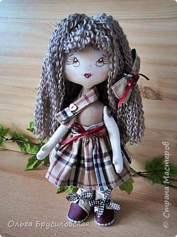 """Привет всем в СМ!!!  Знакомьтесь, моя новая куклешка с шикарной шевелюрой. Смотрю на нее и хочется сказать: """"Распустила ... косы.."""" Нет, нет, имя Дуня ей совсем не подходит, хоть и косы она распустила...  фото 4"""