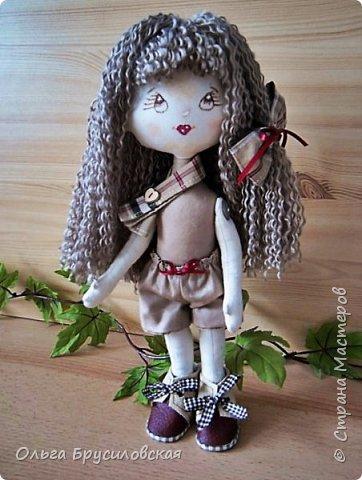 """Привет всем в СМ!!!  Знакомьтесь, моя новая куклешка с шикарной шевелюрой. Смотрю на нее и хочется сказать: """"Распустила ... косы.."""" Нет, нет, имя Дуня ей совсем не подходит, хоть и косы она распустила...  фото 5"""
