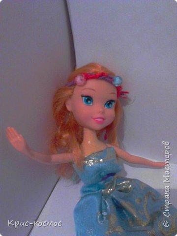 Здравствуй, страна мастеров! Я почти не рассказывала о Белле. И так, в этом блоге м поподробнее рассмотрим то,что я шила для Беллы (можно просто Белки). Все что на фото самодельное. На первом фото голубое платье. Его я только сегодня сшила. фото 2