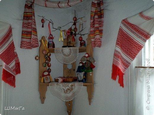 В селе Чепош Чемальского района Республики Алтай работает удивительная мастерская, которая занимается изучением и восстановлением традиции русской народной куклы. Называется она «Десятиручка». На весенних каникулах мы с детками посетили это удивительное место. фото 31