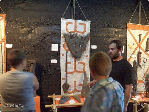 В Чемальском районе Республики Алтай появилась новая достопримечательность – «Палеопарк». Он находится в селе Эликманар и на данный момент является самым большим музеем естественной истории в Сибири по количеству палеонтологических экспонатов. фото 35