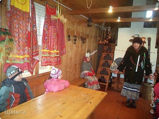 В селе Чепош Чемальского района Республики Алтай работает удивительная мастерская, которая занимается изучением и восстановлением традиции русской народной куклы. Называется она «Десятиручка». На весенних каникулах мы с детками посетили это удивительное место. фото 5