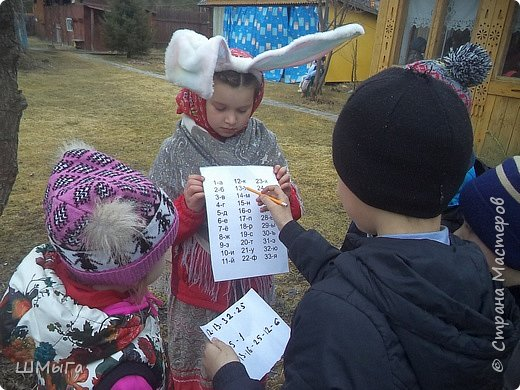 В селе Чепош Чемальского района Республики Алтай работает удивительная мастерская, которая занимается изучением и восстановлением традиции русской народной куклы. Называется она «Десятиручка». На весенних каникулах мы с детками посетили это удивительное место. фото 10