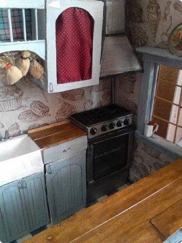 Всем привет) Ох и долго меня здесь не было, учеба...  Сегодня я к вас с дополнением к моему кухонному гарнитуру- это плита и вытяжка. фото 9