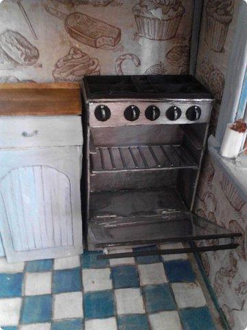 Всем привет) Ох и долго меня здесь не было, учеба...  Сегодня я к вас с дополнением к моему кухонному гарнитуру- это плита и вытяжка. фото 2