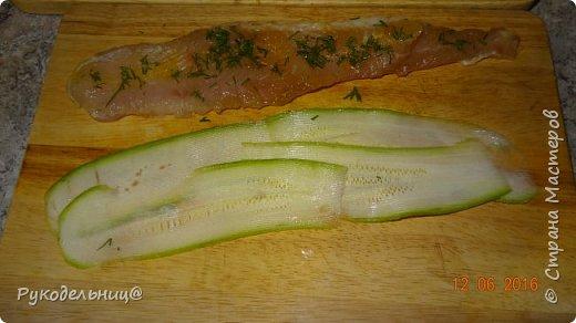 Доброго вечера всем жителям СМ. Предлагаю вам очень лёгкое и диетическое, НО очень вкусное блюдо из рыбы и кабачков. фото 6