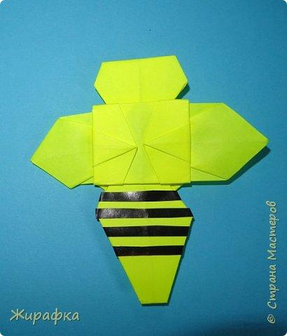 """Летний лагерь при монастыре дети решили назвать """"Ромашка"""". Сначала просто сделали ромашку, потом я решила собрать панно, а потом и добавить пчёлок. фото 31"""