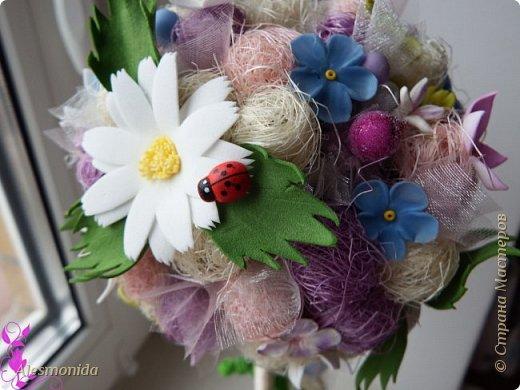 Добрый вечер всем! Ах, лето...цветы, ромашки, зелень, птички... ))) ... вот такой топиарчик летний и весёлый получился. Делала на подарок подруге.   фото 4