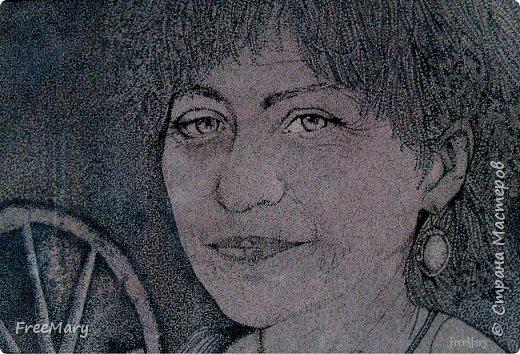 Моя первая картина под стекло, размер 30 х 40  (А3) на акварельной бумаге. Рисовала акварелью, гелевыми ручками: черной, серебряной, белой.   фото 8