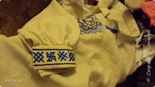 Вот такой обережный славянский пояс сделала своими руками) Это мой первый опыт в ткачестве на бердо.А сподвигло освоить эту технику рукоделия, подаренная мной на Новый год мужу славянская рубаха.Что пояс, что рубаха сделаны с определённой смысловой нагрузкой  - с использованием в работе защитных славянских рун.   Пояс. фото 5