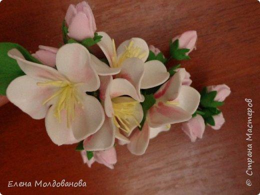 Заколки с весенними цветами. фото 3