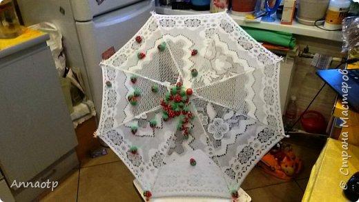 """Здравствуйте мастера! В садике дали задание сделать зонт на конкурс """"Зонтик для весеннего дождя"""". Долго ломала голову, как и что сделать и здесь наткнулась на очень классный зонтик, спросила у мастера на повторюшку и вуаля у меня получился вот такой зонтик. Вдохновитель  https://stranamasterov.ru/node/613177?c=favorite. Не судите строго. фото 1"""