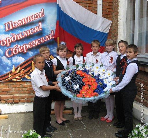 """Сделали с ребятами вот такой обруч """"Цветы России"""" . Идею подсмотрела здесь  http://stranamasterov.ru/node/782846 фото 2"""