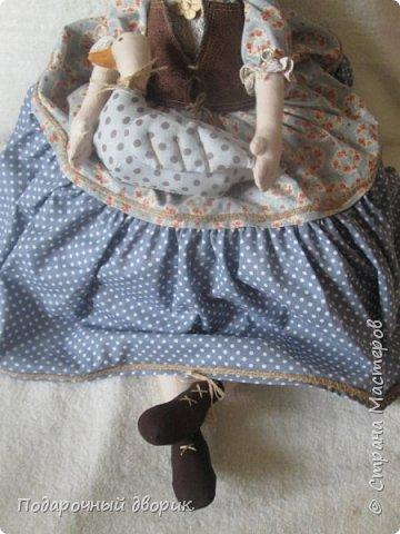 Доброго всем дня! Сшилась очередная кукла-пакетница. фото 3