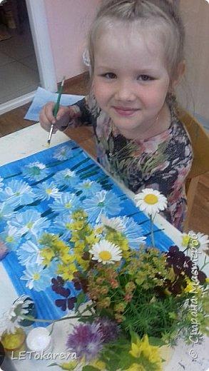 Здравствуйте!  Мы со старшими дошкольниками нарисовали маки. Меня вдохновила на эту работу с детьми Залия Кутдусова  http://stranamasterov.ru/user/230561. Спасибо Вам! фото 6