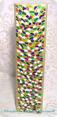 Добрый день, Страна! Представляю вашему вниманию две вазочки, сделанные в технике витраж(скорее, наверно,псевдовитраж). Как-то купила витражные краски...лежали они у меня, лежали и ждали своего часа...Решила попробовать их и прикупила в Икее две небольшие вазочки. Первую разукрасила крупными фигурами... фото 4