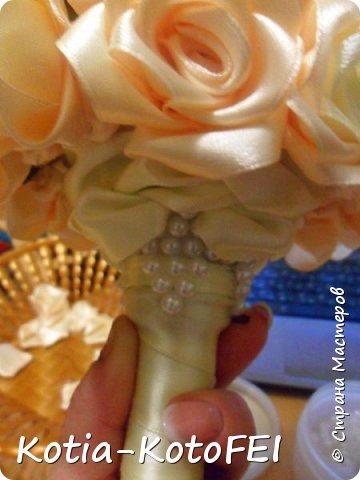 Букет невесты из лент фото 9