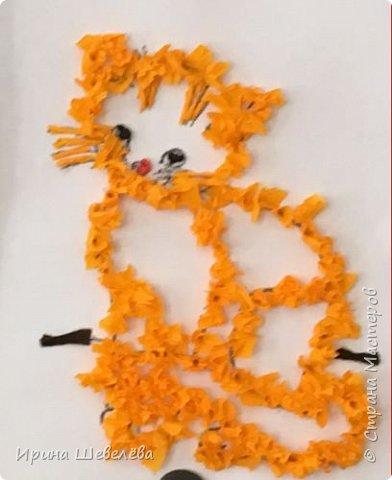 Торцевание – это один из видов бумажного конструирования, искусство бумагокручения, когда с помощью палочки и маленького квадратика бумаги создаются, путем накручивания квадратика на палочку, трубочки-торцовочки. С помощью торцевания можно выполнить любую сюжетную картинку. Для этого заранее наносят рисунок на картон или используют шаблон. http://stranamasterov.ru/node/2482  Торцуют все (видео) Татьяна Проснякова  фото 14