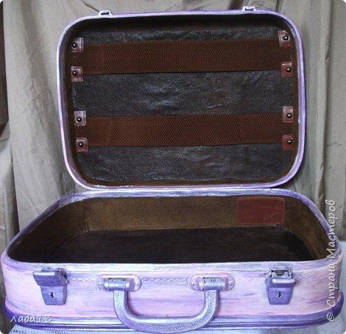 """Девочки наберитесь терпения,очень нравится мне чемоданчик,поэтому фоток  много.К сожалению до переделки не сфотографировала-был просто коричневый"""" мальчуковый"""". фото 7"""