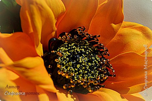 """Всем привет! И вот снова, я Ольга Сыротюк с вами. Сегодня представляю свое солнечное творение Подсолнух """"Цветок солнца"""" Этот чудесный цветок мне нравится с детства, если кто следит за моим творчеством, то знает, что в моей коллекции Мк есть подсолнух , только немного в другом варианте.  Вот решила создать цветочек немного в другом варианте..... И так мои дорогие, буду надеяться , что моя работа вдохновит вас на новые работы и повысит настроение!  фото 2"""
