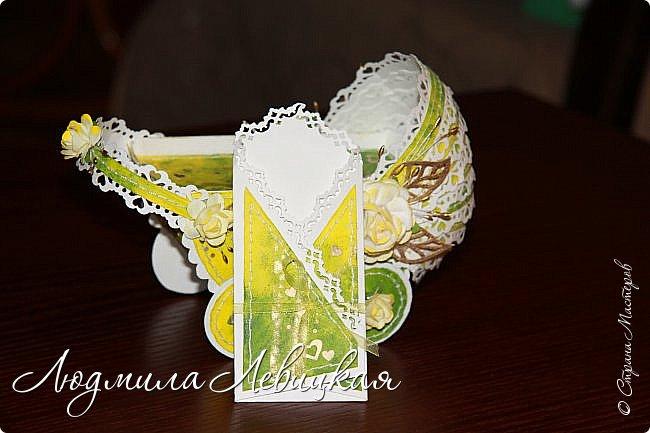 Здравствуйте, уважаемые жители Страны Мастеров! Вот показываю свою новую работу: денежный конверт в виде детской колясочки! Сделала к рождению девочки по имени Диана по мастер -классу Ольги Стегура, за что ей огромное спасибо! фото 3