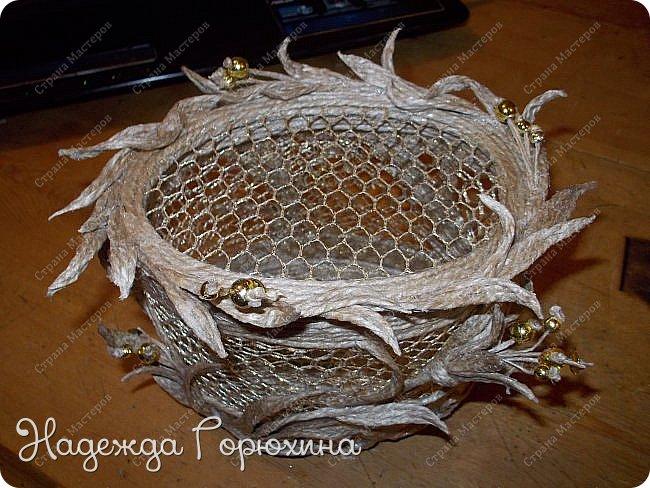 """Шкатулка """"Лето золотое"""". Выполнена из джута (натуральный цвет), золотой сетки (текстильная), золотых бусин. Высота шкатулки 7 см. фото 9"""