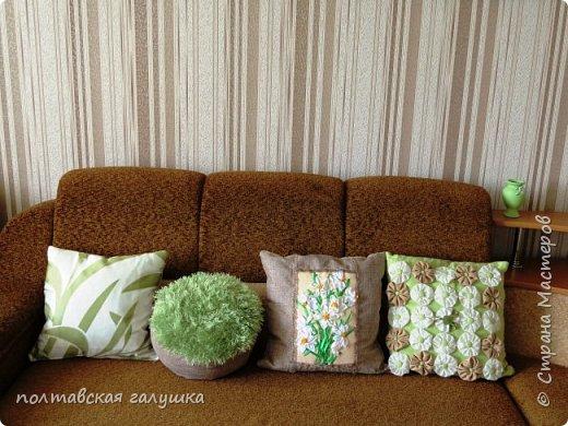 Моя коллекция подушек для гостиной потихоньку увеличивается. Две подушки из этого отряда я уже показывала, сегодня не они виновницы этого поста. фото 1