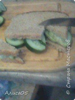 Всем привет! Хочу поделиться своим рецептом вкусных и полезных сэндвичей! Они очень просты в своём приготовлении. фото 6